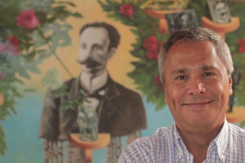 "Rodolfo Oviedo, una manera poco común  de invertir ""colectando"" obras de arte"